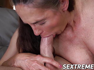 Naughty Granny Mariana Bouncing On Sweet Young Dick