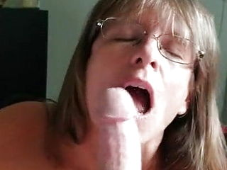 Mom Sucking Pov