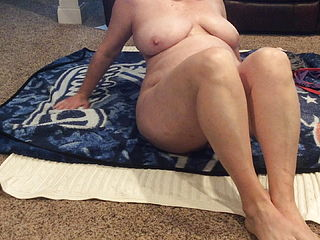 BBW Mom With Hairy Pussy Naked Stretching And Black Dildo