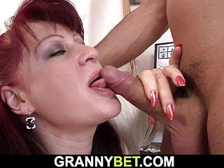 He Fucks Sexy Redhead Paintress From Behind