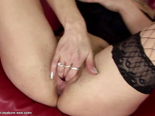 Lesbian Taboo Sex Mom Gets Fisting And Pee Shower
