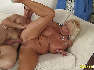 Busty Granny Mandi McGraw Pleasures Young Lover