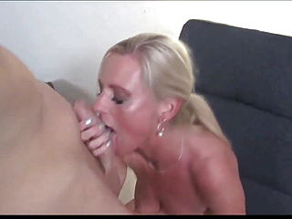 Hot Sex With Mature MILF