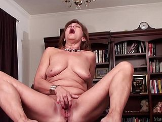 Mature Mother Frolicking With Her Smooth Shaven Vag On Camera