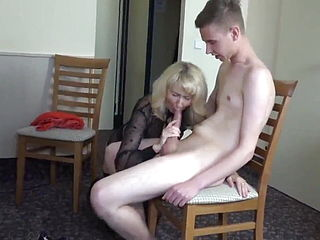 Skinny Guy With Big Cock Fucks Mature Divorced MILF