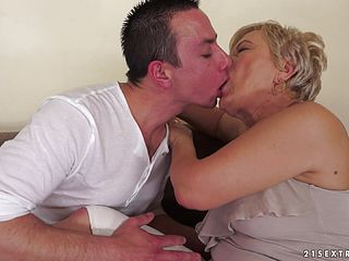 Mature Blondes Humped Foolish By A Boy With A Large Cock