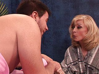 Nina Hartley Gives A Man A Rubdown Before Being Fucked