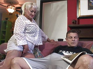 Tough Romp With The Mischievous Mature Blondie Dana Hayes