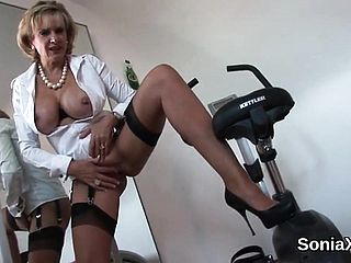 Unfaithful Brit Mature Doll Sonia Unveils Her Intense Boobs