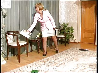 Insatiable Mommy Is Obsessed With Carnal Dreams To Bang With Her Huge Dicked Barman