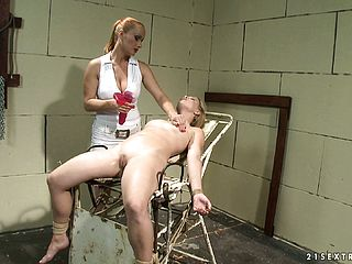 Lesbian Nurse Makes A Stunner In Stirrups Have An Astounding Ejaculation