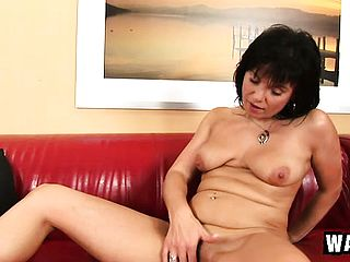 Cock-hungry Linette Attempts To Satiate Her Needs By Prodding In A Ginormous Fuck Stick