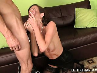 Huge Chested Dark Haired Mummy Veronica Avluv Slurps The Dudes Ass Fucking Crevasse And Drills His Large Meatpipe
