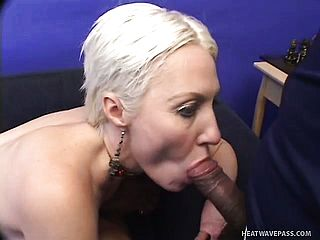 Shorthaired Ash Blonde Momma Enjoys Getting Her Booty Pummeled While Deep Throating Dick