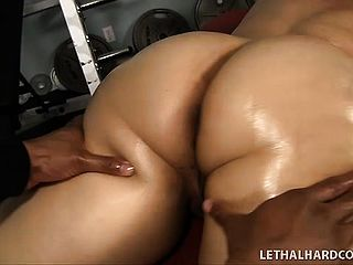 Twilight Starr, A Chunky Damsel With Immense Udders And A Gigantic Booty, Likes Dark Hued Prick