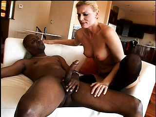 Expert Chick Needs Some Ebony Meat To Delectation Her Slit
