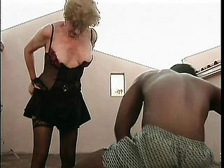 Mature Diane Richards Gets A Ebony Fellow Pumping Her Aged Poon