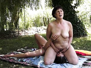 Crazy GILF Wants To Taste A Youthful Damsels Super Hot Twat Outdoors