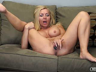 Lisa DeMarco Playthings Her Vagina And Gives You A Excellent Look Of That Stunner Pot