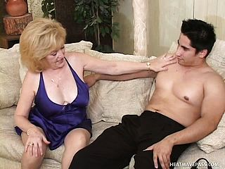 Mature Ash Blonde Is Desperate To Plumb A Junior Stallion On The Bed