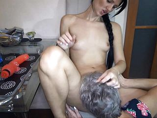 Grannie Luvs The Taste Of Labia And Gets Eaten And Frigged In Come Back