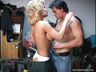 Huge Chested Platinum Blonde Mommy Sammie Sparks Has A Youthfull Guy Fuckin  Her Flamy Beaver