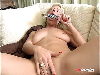 Missy Monroe Demonstrates Off Her Cool Assets And Sates Her Greedy Peach
