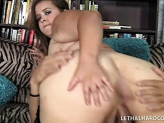 Plumper With A Pretty Youthfull Face Gets Her Large Cootchie Crammed Up