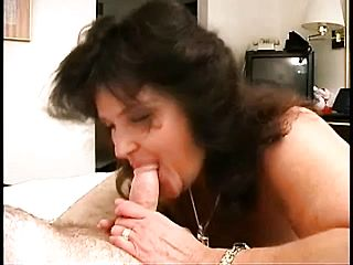 Cock-hungry Dark Haired Luvs Throating On This Unyielding Enjoy Fuck Stick