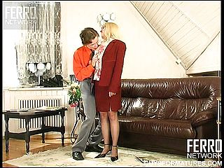 Inviting Platinum Blonde Cougar Alana Has A Nasty Youthfull Fellow Pulverizing Her Thirsty Vagina Firm