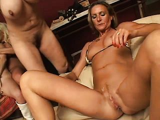 Xxx Sapphic Act With A Gang Of Nasty Milfs And Grandmothers