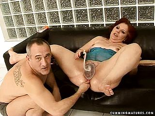 Wild Mature Caitlin Has A Insatiable Man Pleasuring Her Fuck Holes With Hook Up Playthings
