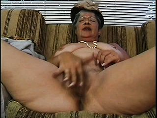 Old Cheap Escort Gets Face-fucked And Banged By Youthful Sausage