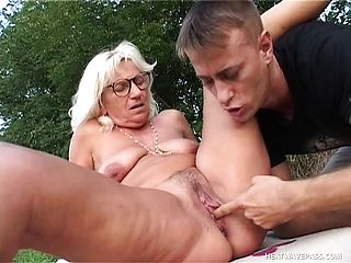 Insatiable Grannie Is Addicted To Screwing Junior Dudes With Firm Stiffys