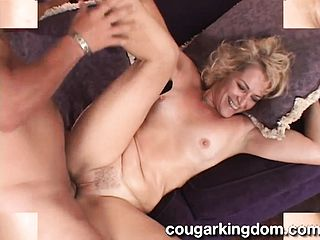 Mature Housewife Unveils Her Oral Talents And Luvs A Deep Pummeling