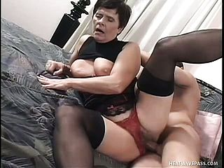 Young Stallion Gets His Dick Worked By A Mature Short-haired Hoe