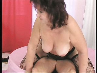 Chunky Mature Gal Luvs To Have Fun With Herself Before Getting Pounded
