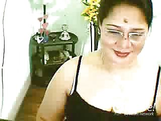 EmeeHotstuffs Web Cam Flash Jun 22